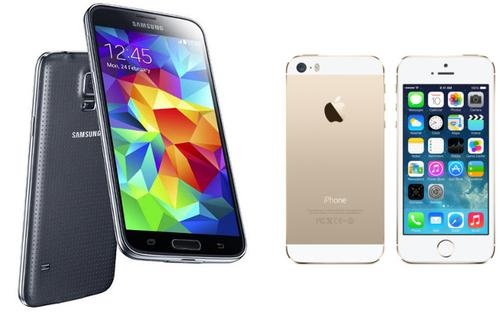 Samsung Galaxy S5 vs iPhone 5S Big, Brash Android vs Slight, Beautiful iPhone   Which one are you?