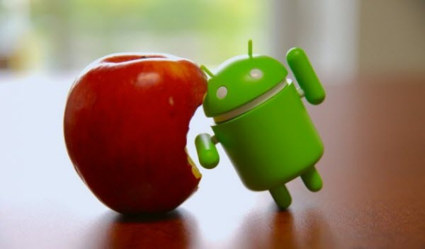 apple vs android toy vs fruit Android KitKat Crashes Way Less Than iOS 7.1, Study Claims
